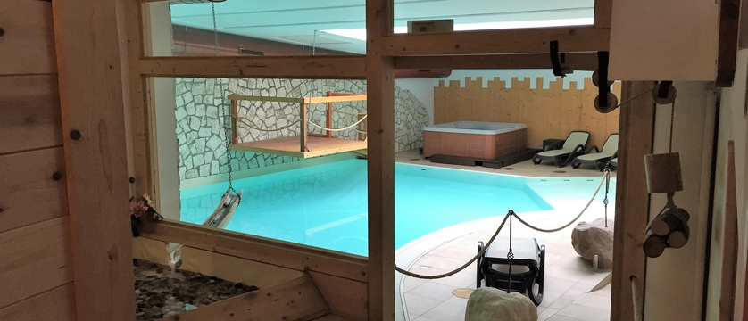 folgaria-post-hotel-indoor-pool.jpg